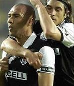 Carew futbola dönmek istiyor