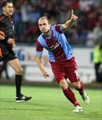 2000. gol Adrian'dan