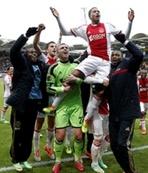 İlk yarının lideri Ajax