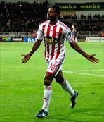 Utaka'dan 3 maçta 4 gol