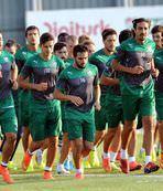 Bursaspor G.Saray maç� haz�rl�klar�n� tamamlad�