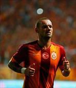 Sneijder'e ne oldu!