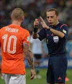 UEFA'dan �ak�r'a g�rev