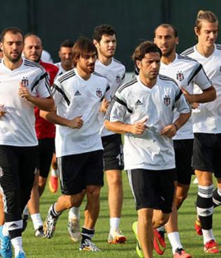 Be�ikta�'ta Bursaspor haz�rl�klar� ba�lad�