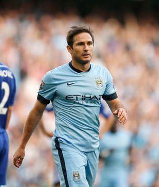 Lampard, Chelsea�yi �zd�