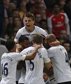 Tottenham berabere