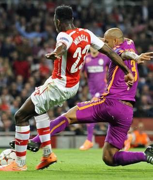 Arsenal-Galatasaray ma��ndan notlar