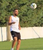 Galatasarayl� futbolcu aç�klama yapt�