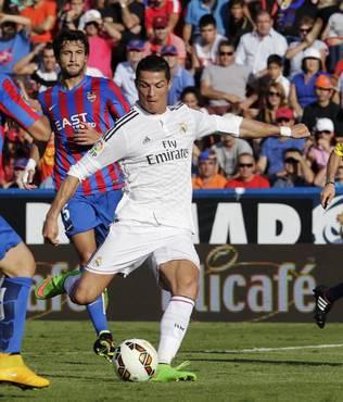 Ronaldo tarihe ge�ti