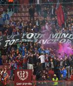 UEFA'ya 's�f�r tolerans' pankart�