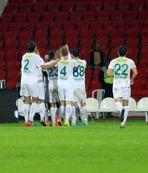 Timsah Bal�kesir�e gol oldu ya�d�