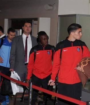 Trabzonspor kafilesi �zmir'e gitti
