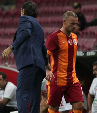 Prandelli, Sneijder'i neden oynatmad���n� a��klad�