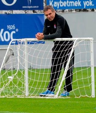 Yanal, Prandelli'yi UEFA Kupas�'nda 2 kez yendi