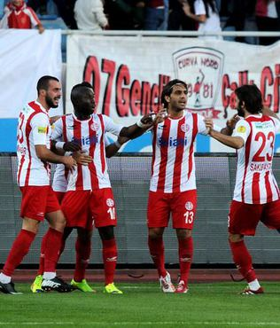 Zorlu mücadele Antalyaspor'un
