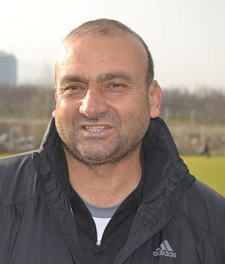 Mustafa U�ur gitti