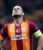 Wesley Sneijder Gençler'e kar�� zor