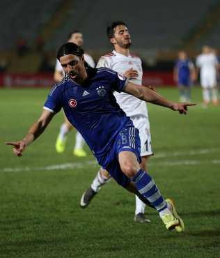 Kadir Has'ta Mehmet Topuz'a b�y�k jest