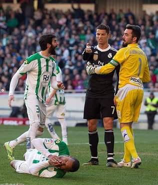 Ronaldo'nun cezas� belli oldu