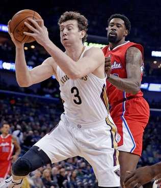 �mer A��k'l� Pelicans, Clippers'� devirdi