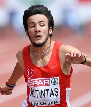 Milli atlet Batuhan Alt�nta�'tan rekor