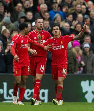 Liverpool 7 y�l sonra kar etti