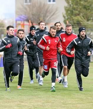 Sivasspor'da futbolculara izin