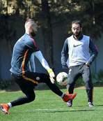 Galatasaray'da Karab�kspor ma�� haz�rl�klar�