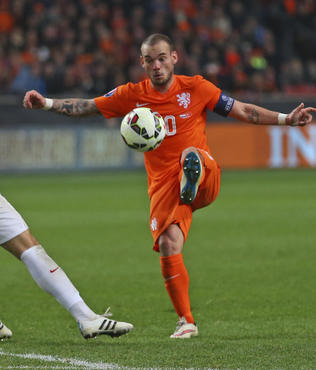"""Sneijder T�rk dram�n� �nledi"""