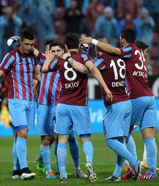 Trabzon evinde y�k�lm�yor