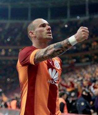 Sneijder, UEFA'n�n merce�inde