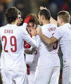 Lüksemburge 2 gol yetti