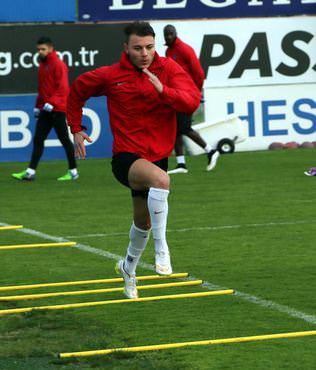 Trabzonspor'da Konyaspor haz�rl�klar�
