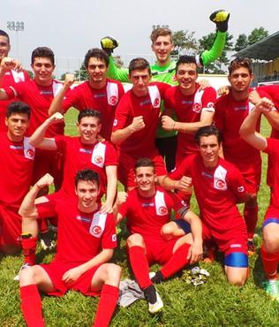 T�rkiye yar� finalde