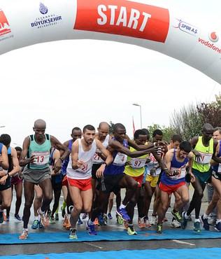 �stanbul Maratonu'na Kenya damgas�