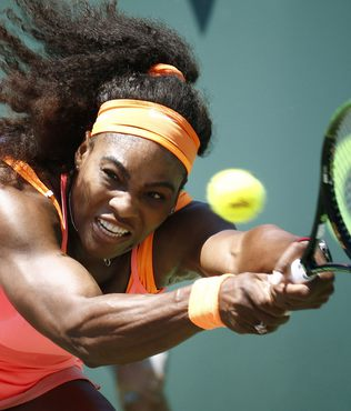 Serena Williams liderli�i b�rakm�yor