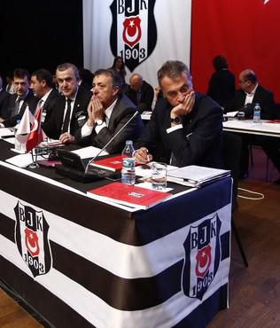 Be�ikta�'ta mali kongre gergin ba�lad�