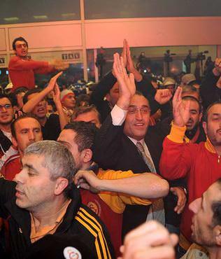 """""""I Love You Hamza Hoca"""" tezah�rat�"""
