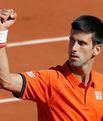 Djokovic ezdi geçti
