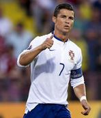 Ronaldo'dan ticari at�l�m