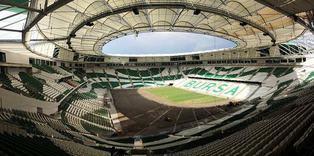 Timsah Arena'n�n zemini �imlendirildi