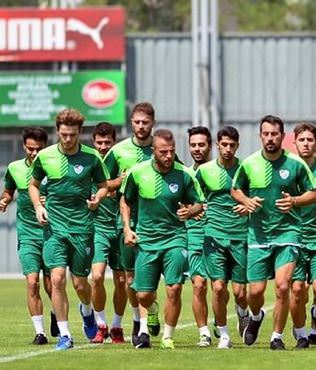 Bursaspor'da yeni sezon haz�rl�klar�