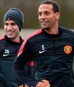 "Ferdinand: ""Van Persie 2012'den daha iyi"""