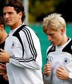 Gomez, Beck'le bulu�uyor