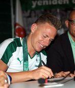 Bursaspor signs Dzsudzsak