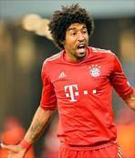 Dante için Leverkusen de devrede
