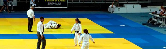 Judo Sakarya'da zirve yaptı