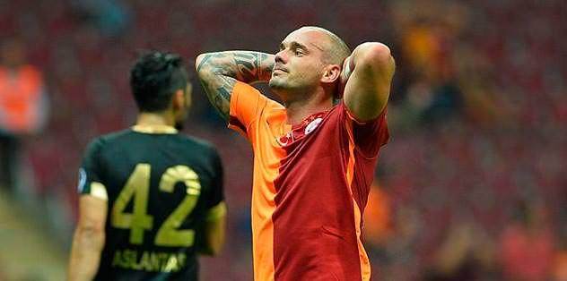 Sneijder huzursuz!
