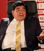 """Maradona'dan Blatter ve Platini'ye: """"Hırsız.."""""""