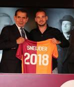 Sneijder sinyali verdi